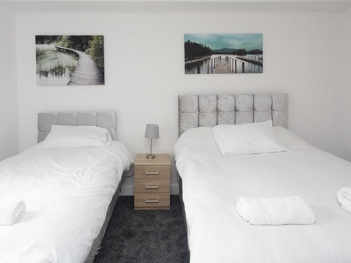 flats to rent leeds twin beds