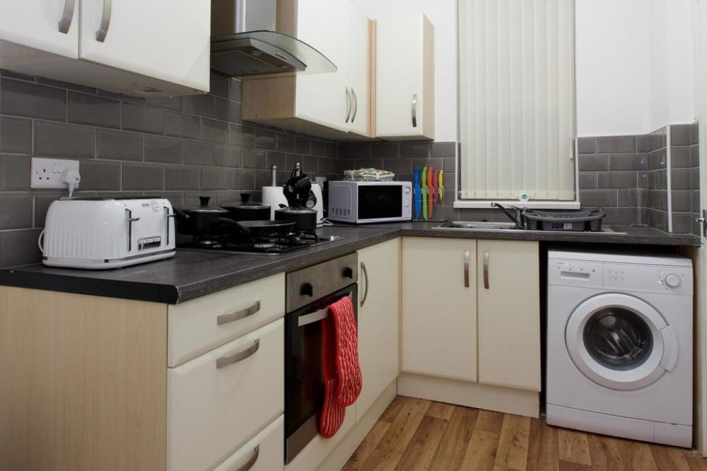 apartments to rent in leeds with fully equipped kitchen