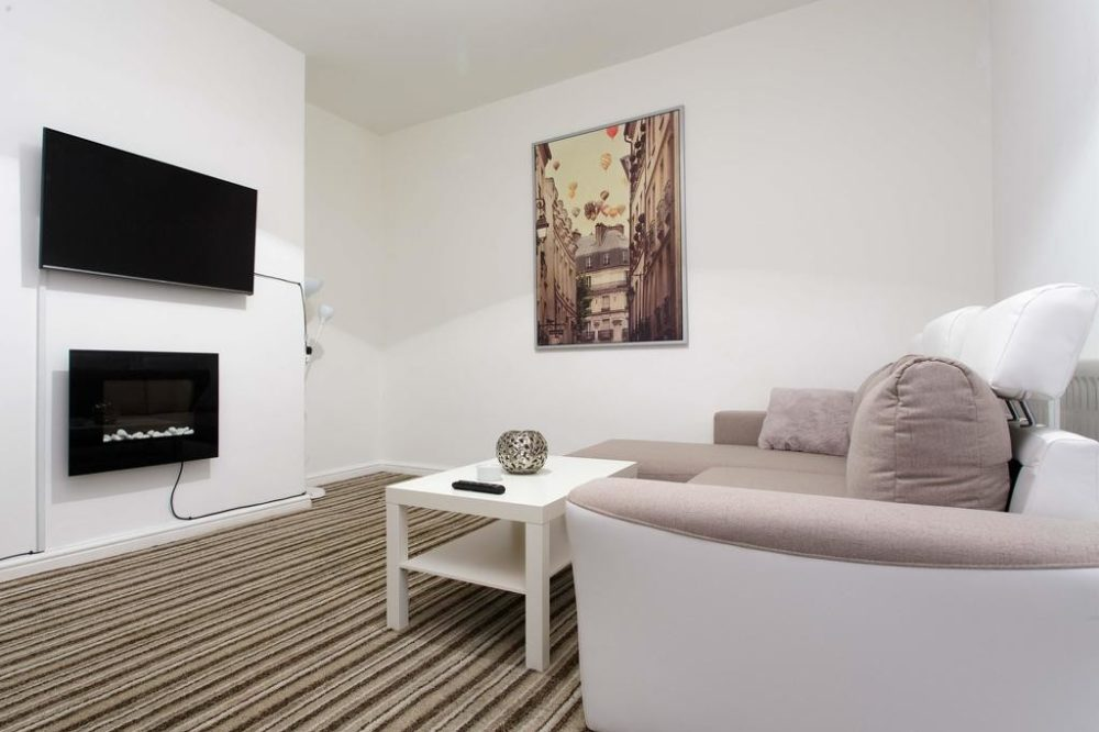 leeds self catering accommodation