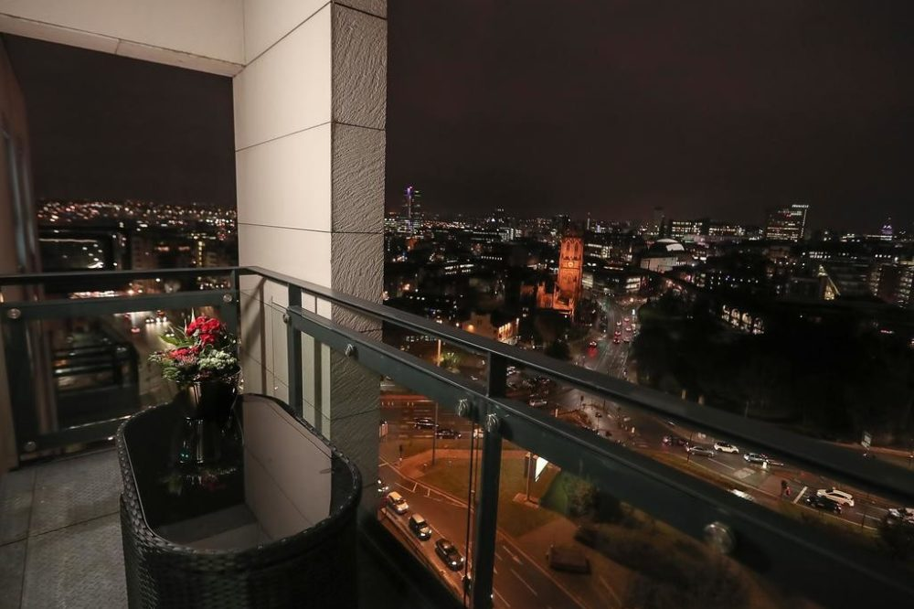 penthouse holiday apartments leeds