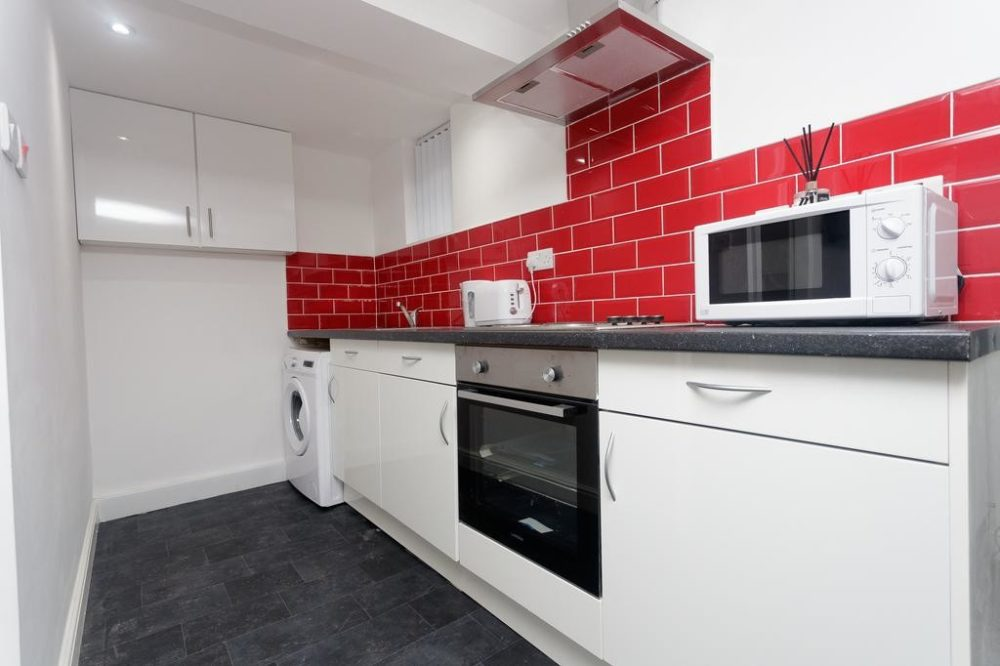 serviced accommodation in Leeds Kitchen