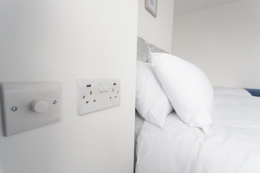 serviced apartments in leeds free wifi
