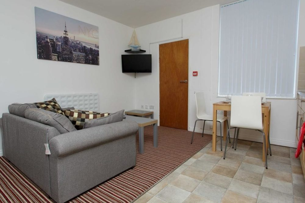 213666052 1 Services apartments & accomodation in Leeds