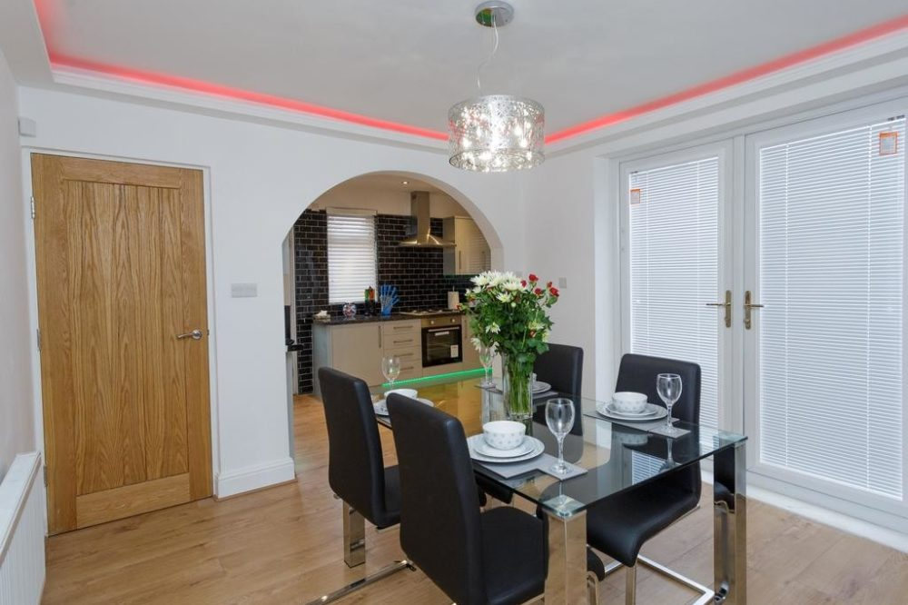 apartments to rent leeds with large kitchen diner