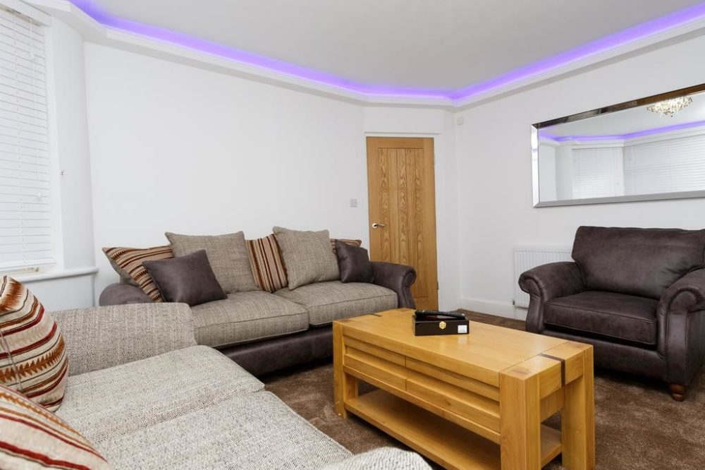 guest houses to rent leeds