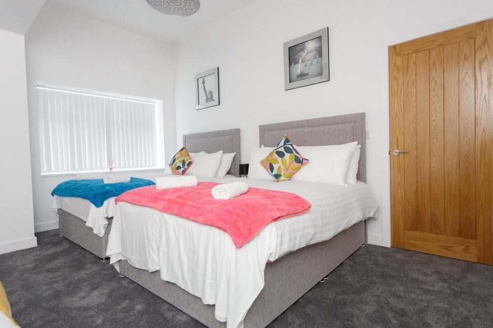 Leeds serviced apartments bedroom