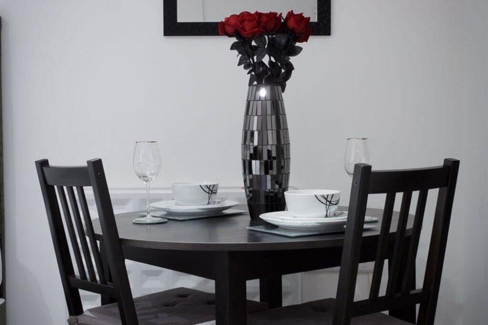 Shaftesbury Apartment (1)