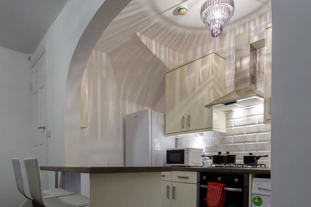 Shaftesbury Apartment (12)